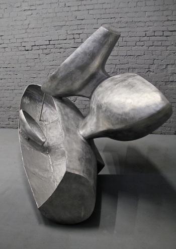 Moby Dick Song ( z cyklu Czwórnia), 2014, aluminium, warszawskie studio artysty, fot. autor